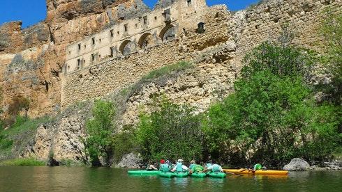 Kayaking in Madrid with DreaMpeaks