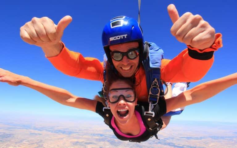 Oleoutdoor - Find The best outdoor activities & adventure Skydiving in Madrid