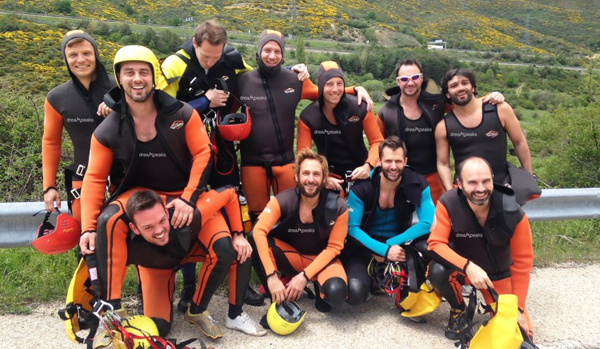 Barranco de Somosierra en Madrid con Dreampeaks. Barranquismo en Madrid