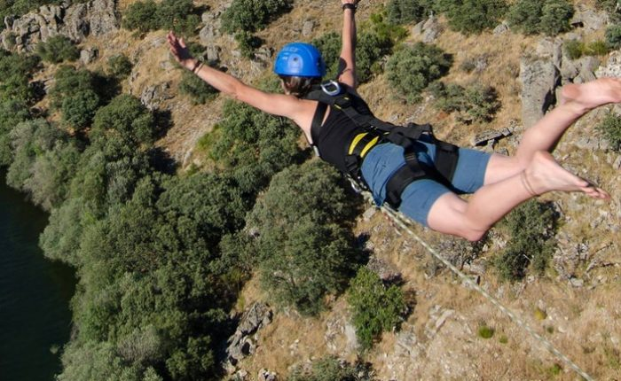 bungee Jumping in Madrid with ole Outdoor