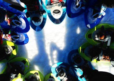 Raquetas de nieve con niños en Madrid. Raquetas de nieve para familias.