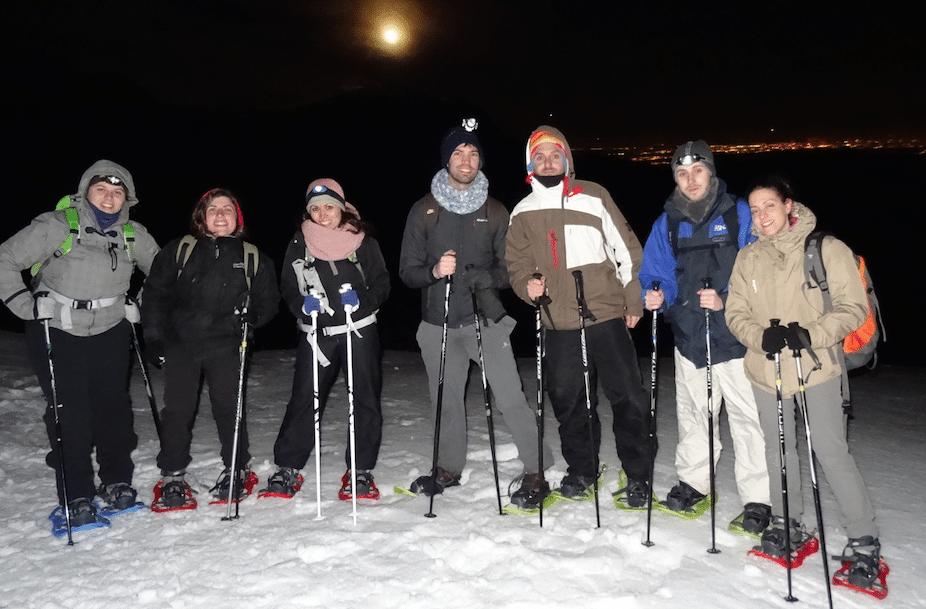 Raquetas de Nieve en Madrid con Dreampeaks. excursiones con raquetas de nieve.